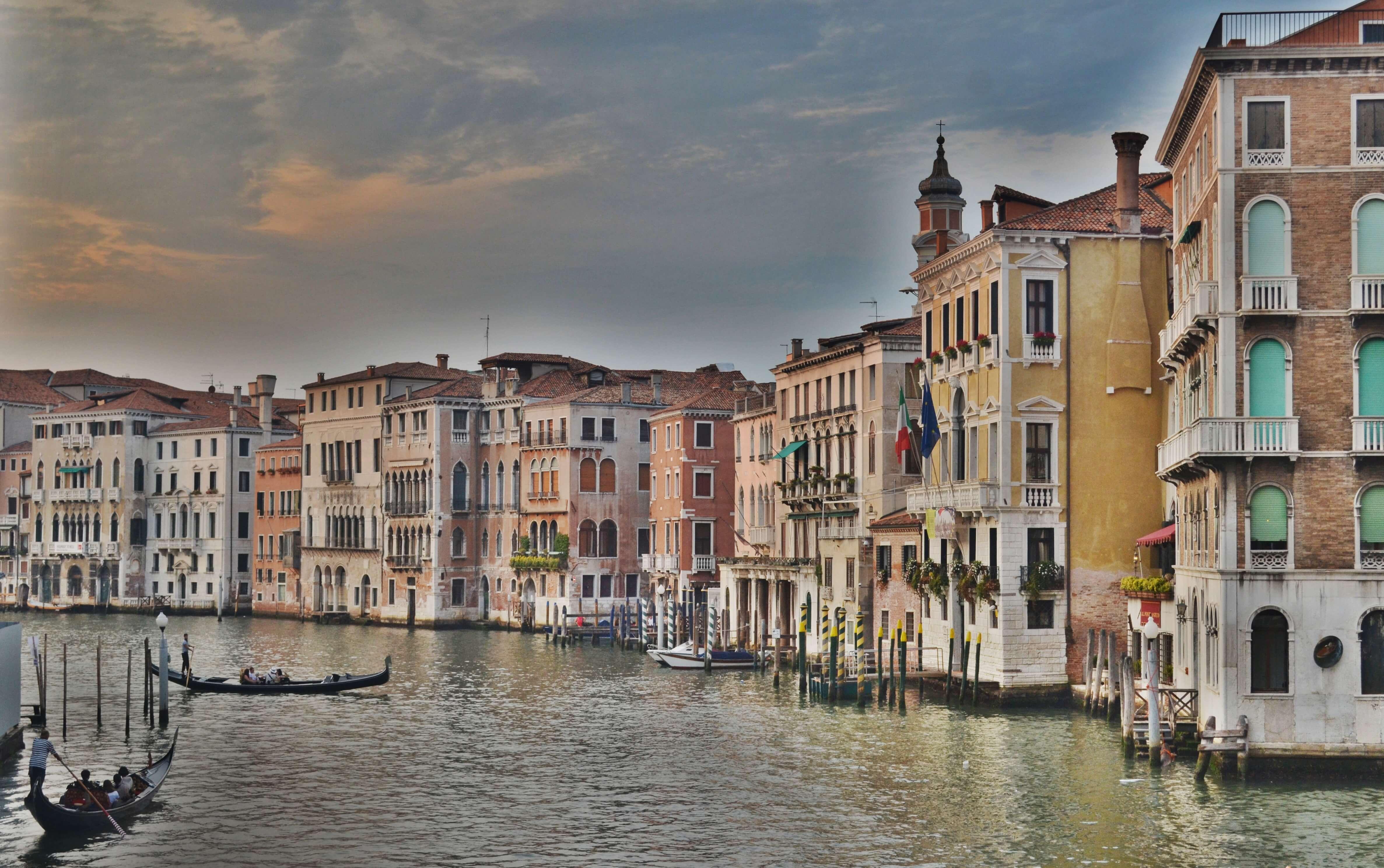 Canale Grande, Vendig, Häuser im Wasser